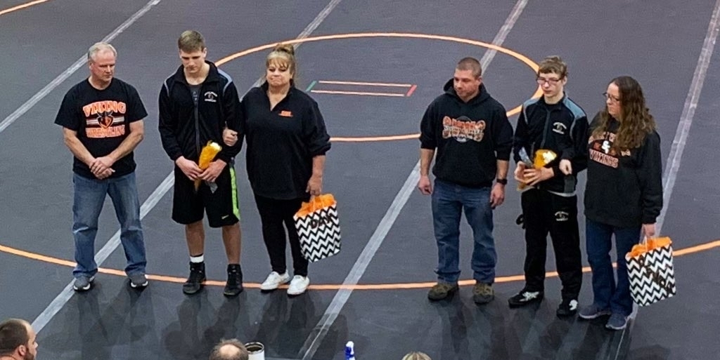 Thank you senior wrestlers!